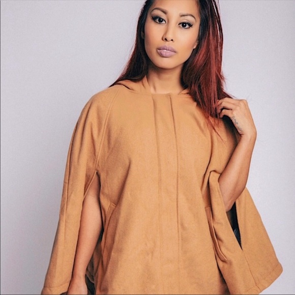 Forever 21 Jackets & Blazers - NEW Forever 21 Brown Cape